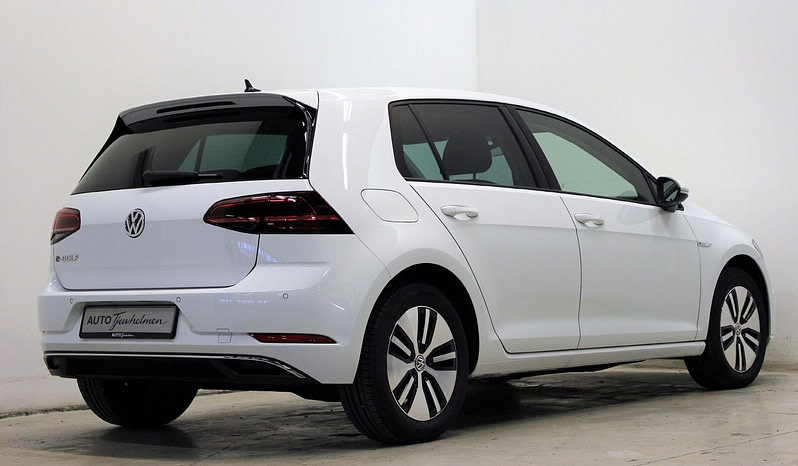 Brukt 2014 Volkswagen e-Golf full